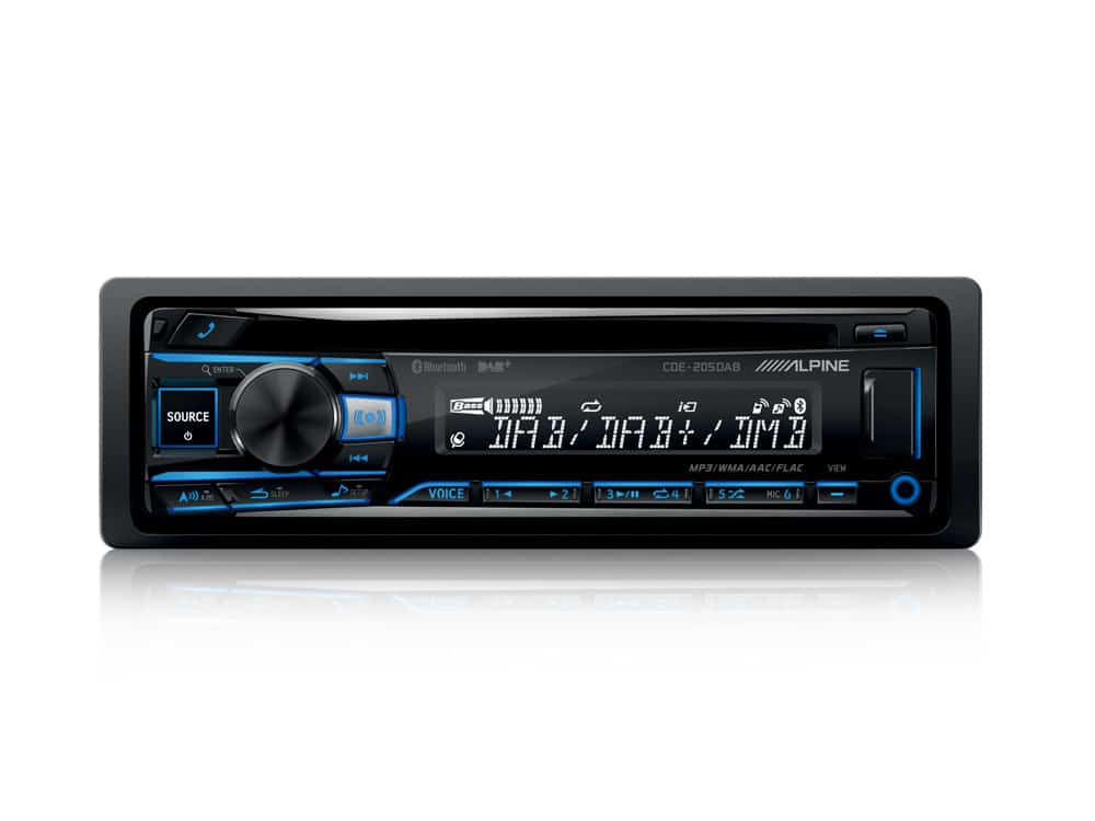 CDE-205DAB_Autoradio-with-DAB-CD-Player-USB-Playback-Bluetooth