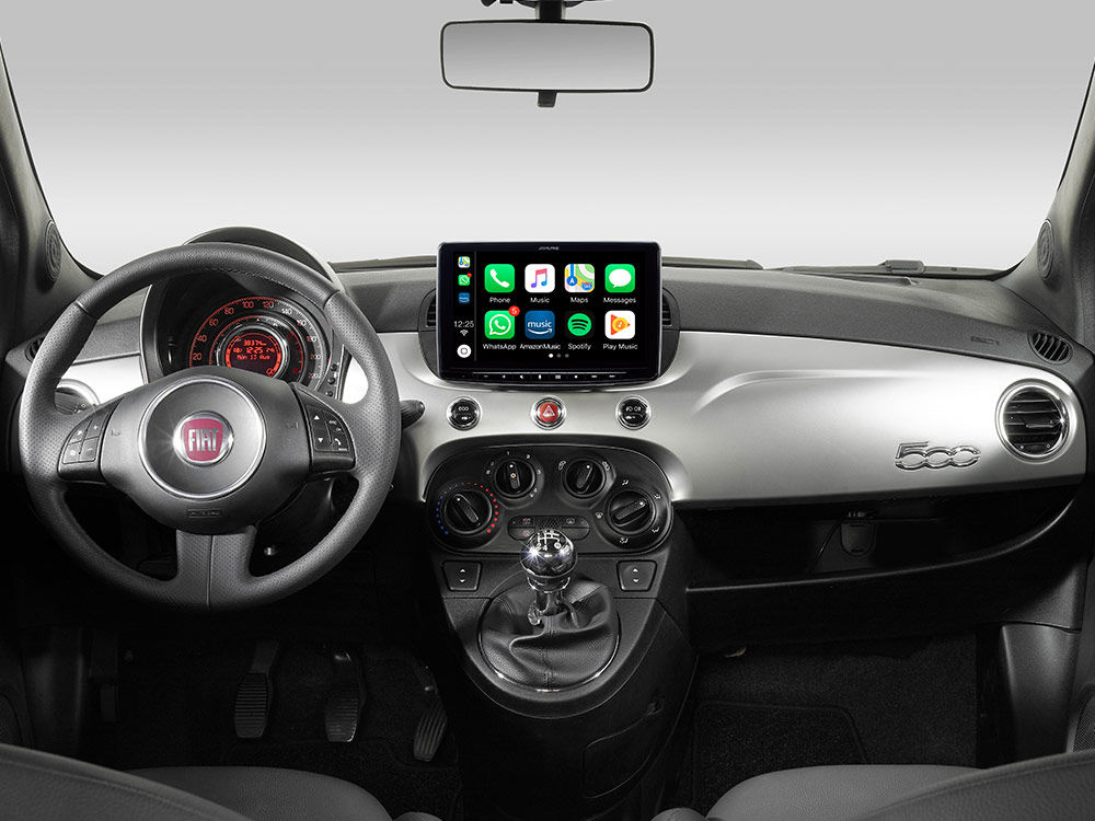 iLX-F903F312B_Designed-for-Fiat-500_with-Apple-CarPlay-compatibility