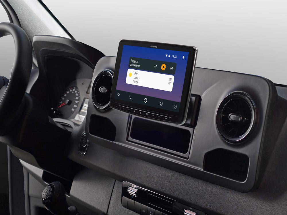 iLX-F903S907_Designed-for-Mercedes-Sprinter_with-Android-Auto-compatibility