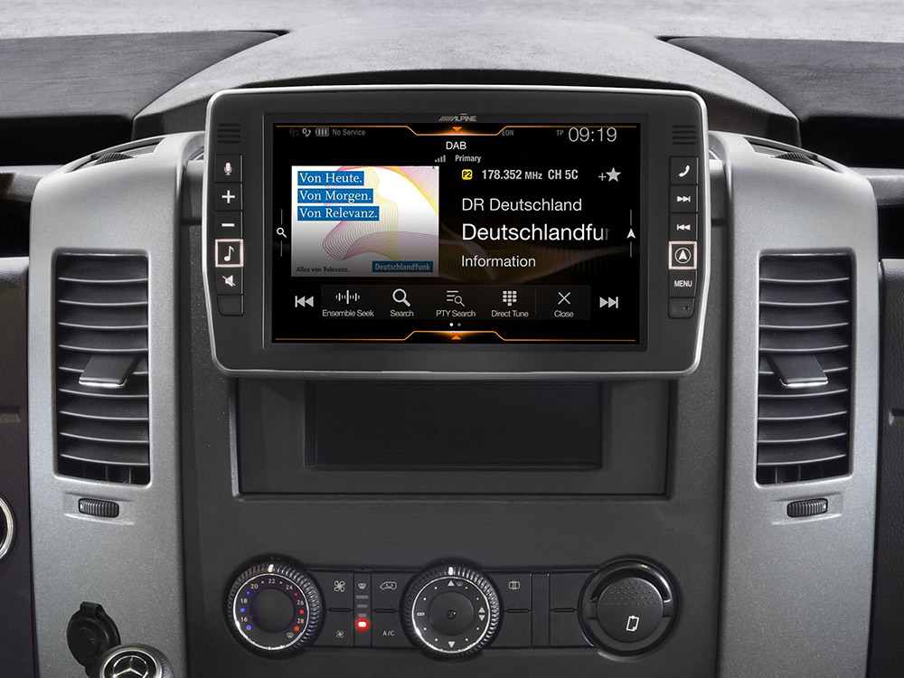Mercedes-Sprinter-DAB-X903D-S906