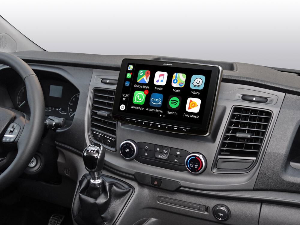 iLX-F903TRA_Designed-for-Ford-Transit_with-Apple-CarPlay-compatibility
