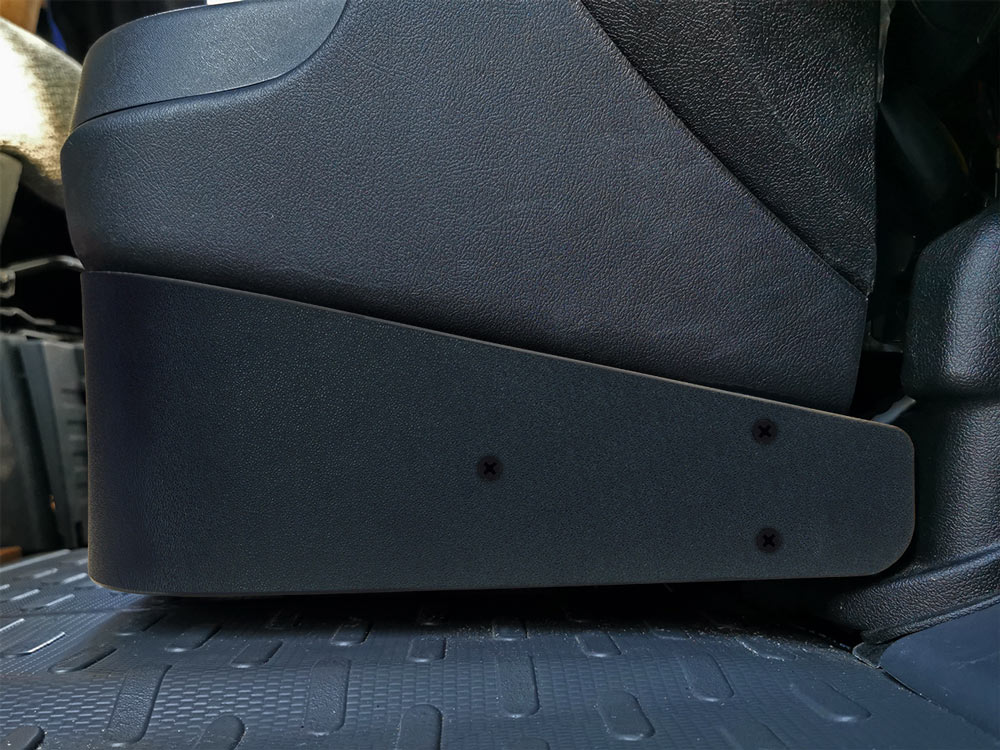 SWC-D84S_Custom-Subwoofer-System-for-Fiat-Ducato-installed