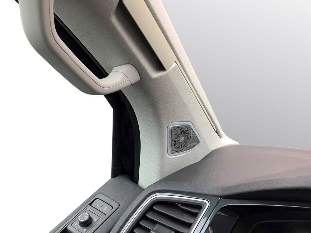Tweeter-Installed_SPC-106T6_Component-Speaker-System-for-Volkswagen-T6